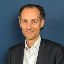 Olivier Bourbonneux : directeur general adjoint Siège Ros